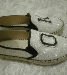 Gamloong humanic cipele