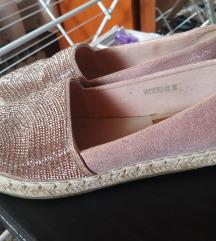 Cipele spagericec38 Nove