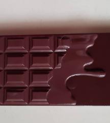 Makeup Revolution paleta sjenila-I Heart Chocolate