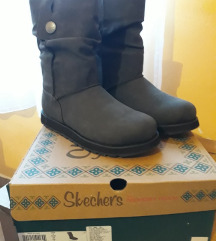 Skechers sive, tople čizme, nove