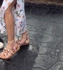 Pompom sandale