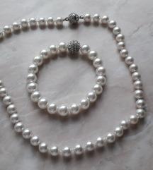 Biserna ogrlica i narukvica