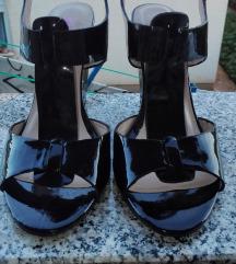Crne kožne lak sandale 40