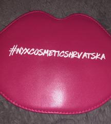 NYX mini kozmeticka torbica