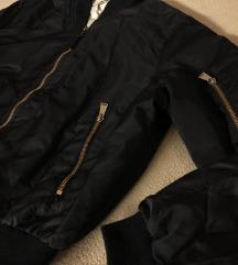Zara crna bomber jakna