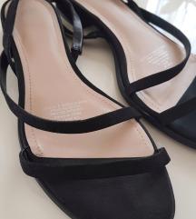 H&M crne sandale