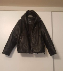 Zara 1nošena pufasta debela kožna jakna S-L