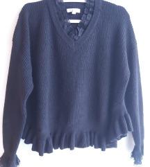 Crni pulover sa čipkastim detaljima M/L