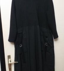 Predobra crna haljina s kapuljacom 44/46