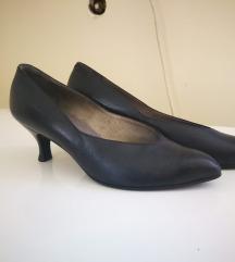 Ženske cipele s petom