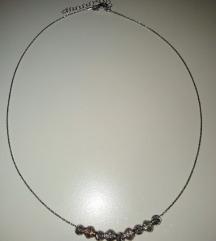 Srebena ogrlica 🎁NOVO