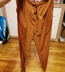Lagane hlače vel 40