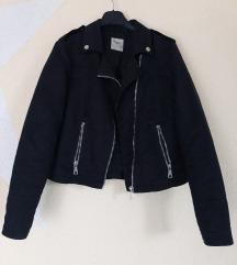 Vero moda crna jakna od velura