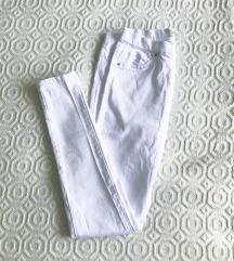 NOVE bijele leggings traperice 🍦