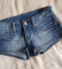 Kratke traper hlače