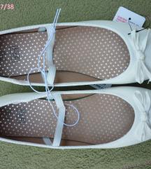 Nove F&F bijele cipelice balerinke, 37