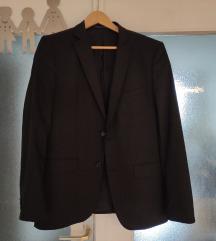 Zara crno musko odijelo s remenom