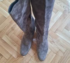 Borovo NOVE kožne čizme