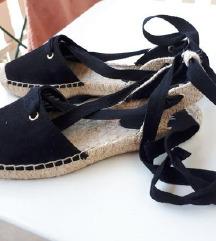 Nove sandale špagerice 38