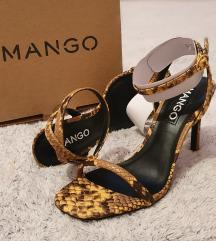 Mango sandale na petu