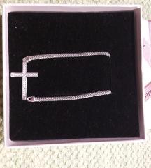 Nova srebrna ogrlica sa križičem 925
