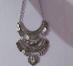 Velika srebrna ogrlica