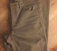 H&m bež uske hlače novo!