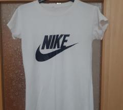 Nike majica L