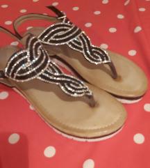 Predivne sandalice 36