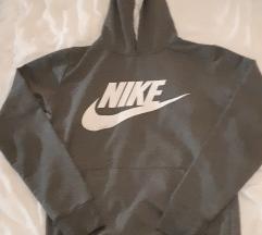 Like Nike duksa