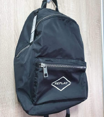 Novi Replay crni ruksak-s etiketom