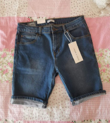 Kratke hlače 42