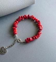 Handmade narukvica s crvenim tropskim koraljima