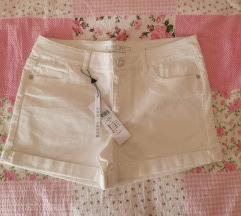 Kratke hlače L
