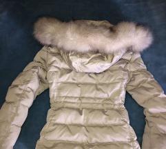 Zara bijela zimska jakna