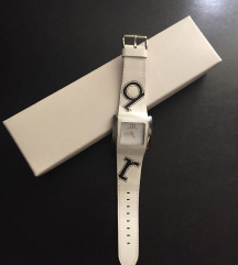 Rocco Barocco  sat sa kožnim  remenom sa logom