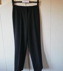 Elegantne crne ženske hlače MODEX broj 40 /32