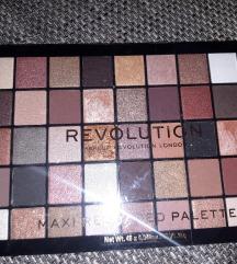 Revolution paleta
