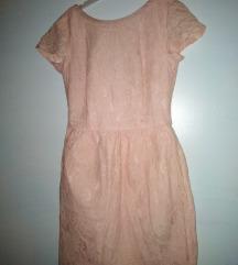 Cipka haljina s otvorenim ledima