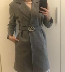 Sivi kaput sa pt!