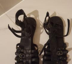 Sandale s remenčićima 40