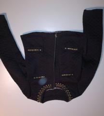 Svečana crna jaknica