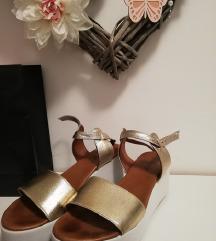 Inuovo kožne sandale