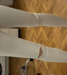 Bijele poderane traperice