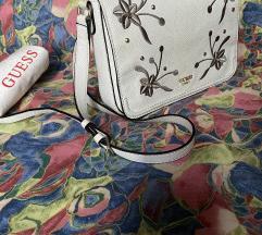 GUESS bijela torbica