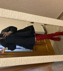 Crvene čizme preload kolena