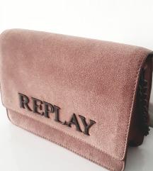 Puderasta Replay kožna torbica