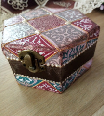 Kutija za nakit/sitnice/uspomene