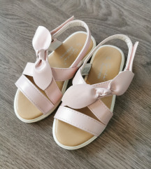 Reserved sandalice NOVO!!