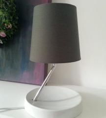Moderna neobična lampa